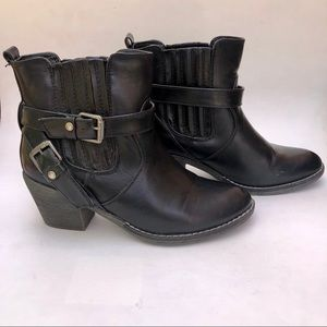 Cathy Jean Ankle Booties Size 9